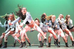 Equipo de competición de Hip-Hop de la escuela de baile Lunares Blancos